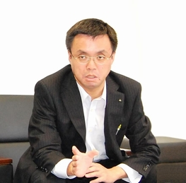 人事部 人事室 健康管理センター <br>課長 川面 忠 様